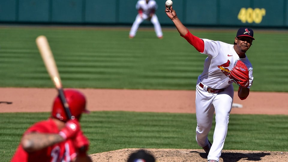 The Cincinnati Reds head down to St. Louis to face the Cardinals in a game where both teams are coming off brutal losses.
