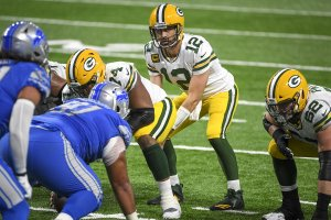 DETROIT LIONS AT GREEN BAY PACKERS BETTING PREVIEW
